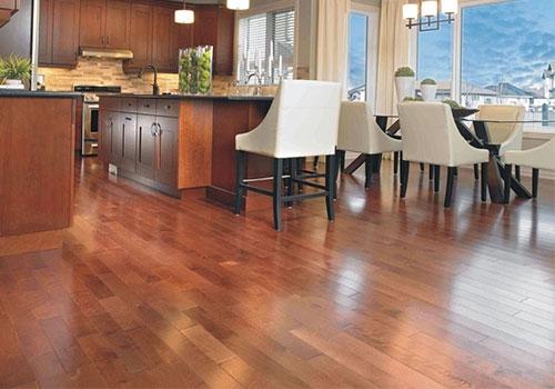 垫层自流平水泥+木地板